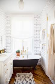 Bathroom Extraordinary Pictures Of Tiled Bathrooms Tile Indian - Bathroom tile layout designs