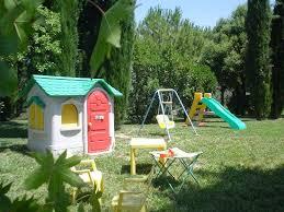 giardino bambini giardino con giochi per bambini foto di agriturismo gabellette
