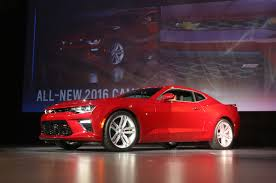 2016 chevy camaro ss chevy camaro ss vs ford shelby gt which 2016 sports car packs
