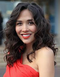 great hairstyles for medium length hair round face with curly hair curly hairstyles hairstyle magazine