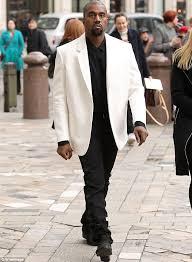 Kim Kardashian New Home Decor Kanye West U0027removes All New Furniture U0027 From His And Kim