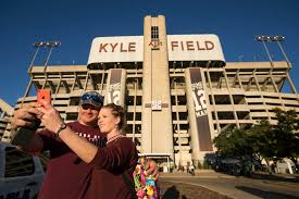 texas a u0026m adopts clear bag policy at kyle field houston chronicle