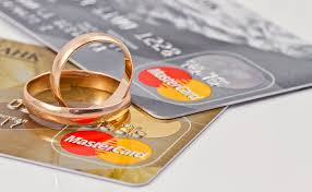 are joint credit cards for marriages