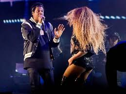 beyonce coachella beyonce makes history at coachella festival with jaw dropping