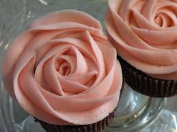 simple buttercream for valentine u0027s day rose cupcakes leigh bakes