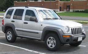 jeep white liberty file 02 04 jeep liberty jpg wikimedia commons