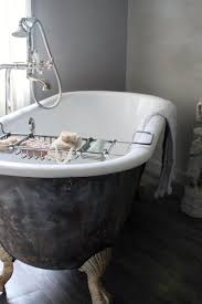 claw foot bathtubs roundup claw foot tubs apartment therapy