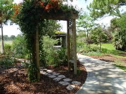 Backyard Cottages Florida Reader Photos A Cottage Garden In Southern Florida Fine Gardening