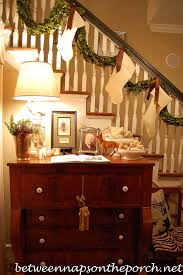 How To Decorate A Banister 12 Beautiful Christmas Banisters