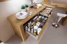 organiser une cuisine une cuisine pratique au quotidien c est mieux rangements