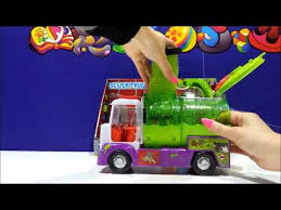 trash pack sewer truck toy gross gang garbage toys