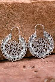 filigree earrings silver filigree earrings handmade by artisans in india