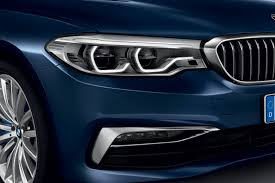 bmw headlights at night new 2017 bmw 5 series revealed lighter quicker more advanced by