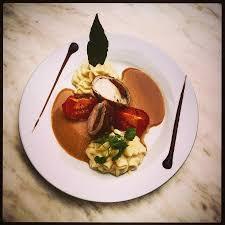 lapin de cuisine râble de lapin farci tomate et tapenade espuma de céleri au beurre