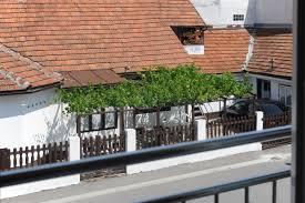 Wohnzimmer Zagreb Ferienwohnung 2 4 2 Charmante Wohnung Una Zagreb