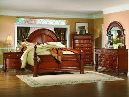 Hudson Bedroom Furniture by Bedroom Medium Ashley Traditional Bedroom Furniture Vinyl Table