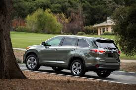 toyota highlander hybrid 2005 2016 toyota highlander hybrid platinum review by carey russ