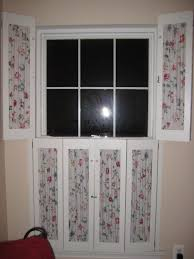vintage window shutters repurpose tip junkie interior window shutters with fabric inserts http iixm
