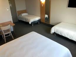 chambre hote clermont ferrand chambre familiale photo de b b hôtel clermont ferrand nord riom