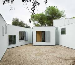 mo house by frpo