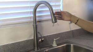 100 kitchen faucet leaking delta faucet 9192t sssd dst