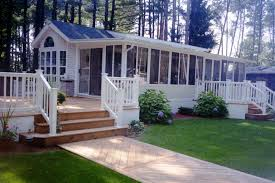 clean of lawn mobile home front porch the yard area tree houses