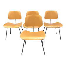 Dining Chair Set Of 4 Herman Miller Eames Molded Plywood Dining Chairs Set Of 4