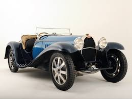 Classic Sports Cars - 10 investment grade classic cars that aficionados will love the