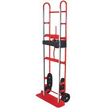 shop milwaukee 800 lb capacity red steel appliance hand truck at