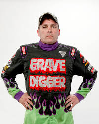 grave digger monster truck schedule let u0027s chat with carl van horn monster truck driver of grave digger