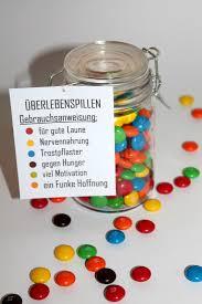 hochzeitsgeschenke selbstgemacht diy einmachglas überlebenspillen free printable selbermachen