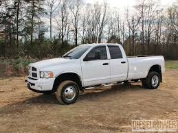 lifted nissan frontier for sale lifting vs leveling which is right for you diesel power magazine