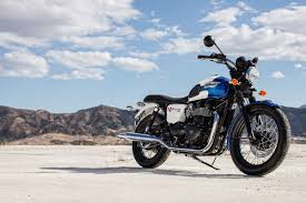 triumph bonneville 900 2000 on review mcn