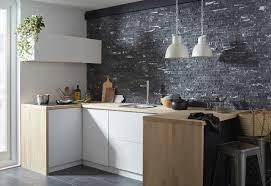 cuisine mur une cuisine tendance avec un mur en plaquettes de parement leroy