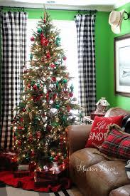 Traditional Christmas Decor Maison Decor Our Traditional Christmas Tree