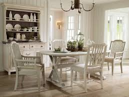 Country Dining Room Decor by Cottage Dining Rooms Cottage Dining Room With Crown Molding