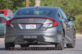 honda civic rear spied 2017 honda civic si coupe tests wearing minimal camo photo