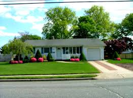simple landscape design for front of house 3056 1704 beautiful