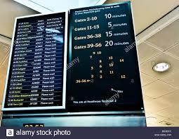 Heathrow Terminal 3 Information Desk Flight Information Board Stock Photos U0026 Flight Information Board