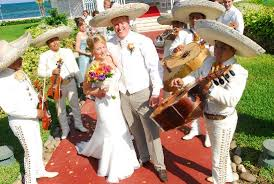 wedding band play mexican theme wedding reception at mexican weddings and djs