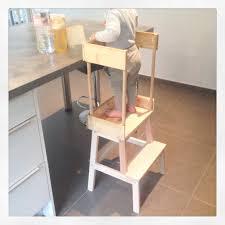 faire une cuisine pour enfant diy sécuriser un marchepied pour en faire une tour d