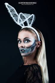 Fashion Halloween Makeup halloween makeup inspiration juggling jester harley quinn