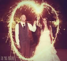 wedding sparklers photography the wedding sparklers
