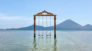 best ocean swing in the world gili trawangan