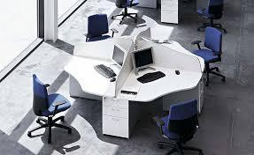 Bureau Entreprise - agencement des bureaux en entreprise le même mobilier pour tous