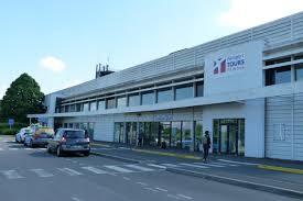 chambre du commerce et de l industrie tours l avenir touristique du val de loire c est l aéroport de tours