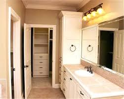 Walk In Closet Designs For A Master Bedroom Master Bedroom With Bathroom And Walk In Closet Master Bathroom