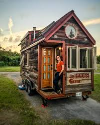 tiny house travel tips including towing camping and roadtripping
