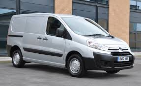 vauxhall vivaro review auto express