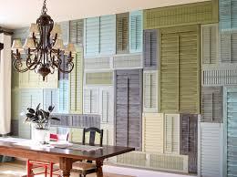 wohnzimmer ideen wandgestaltung ideen für wandgestaltung mit alten fensterläden einrichtung und